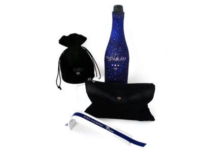 gifts connectés haut de gamme, porte-clés, trousses, pochettes, bracelets, habillage de bouteilles ou de flacons